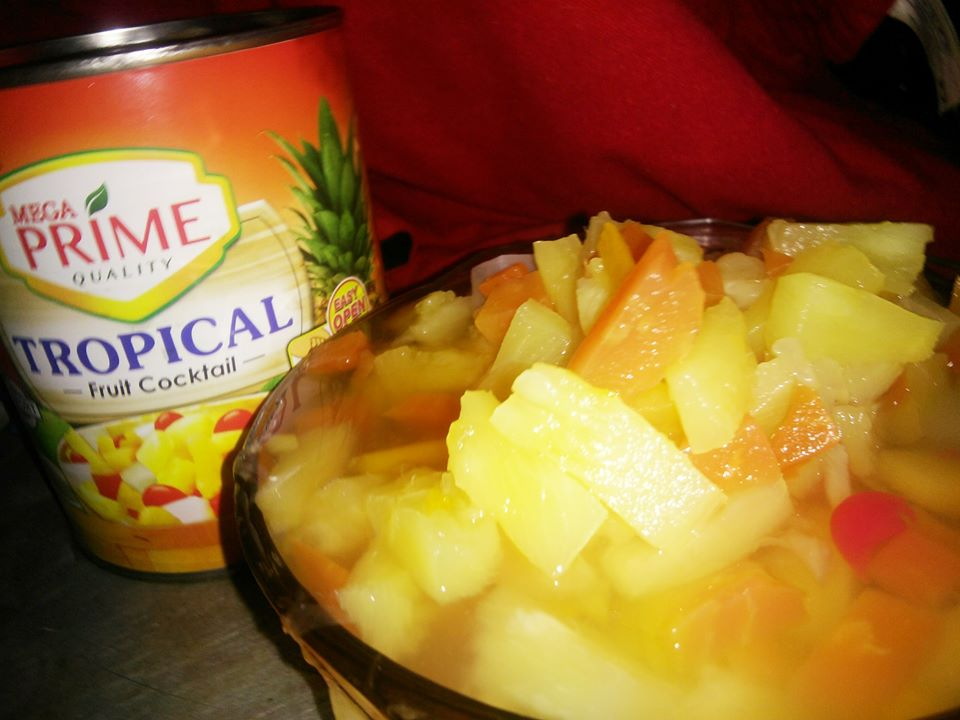 What is inside a can Mega Prime Tropical Fruit Cocktail?